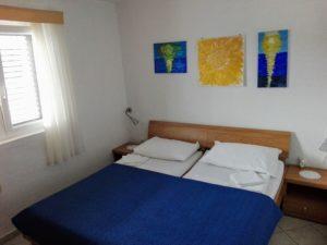 Apartma 1 (2+2)
